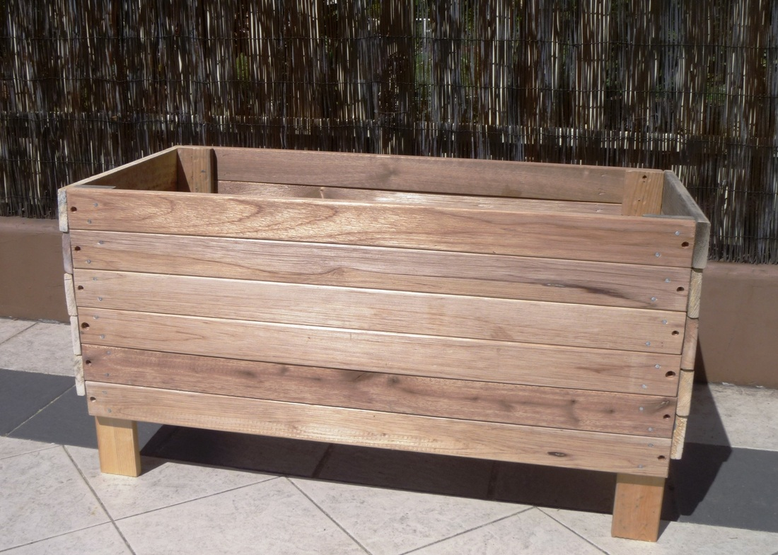 how to build a wooden planter